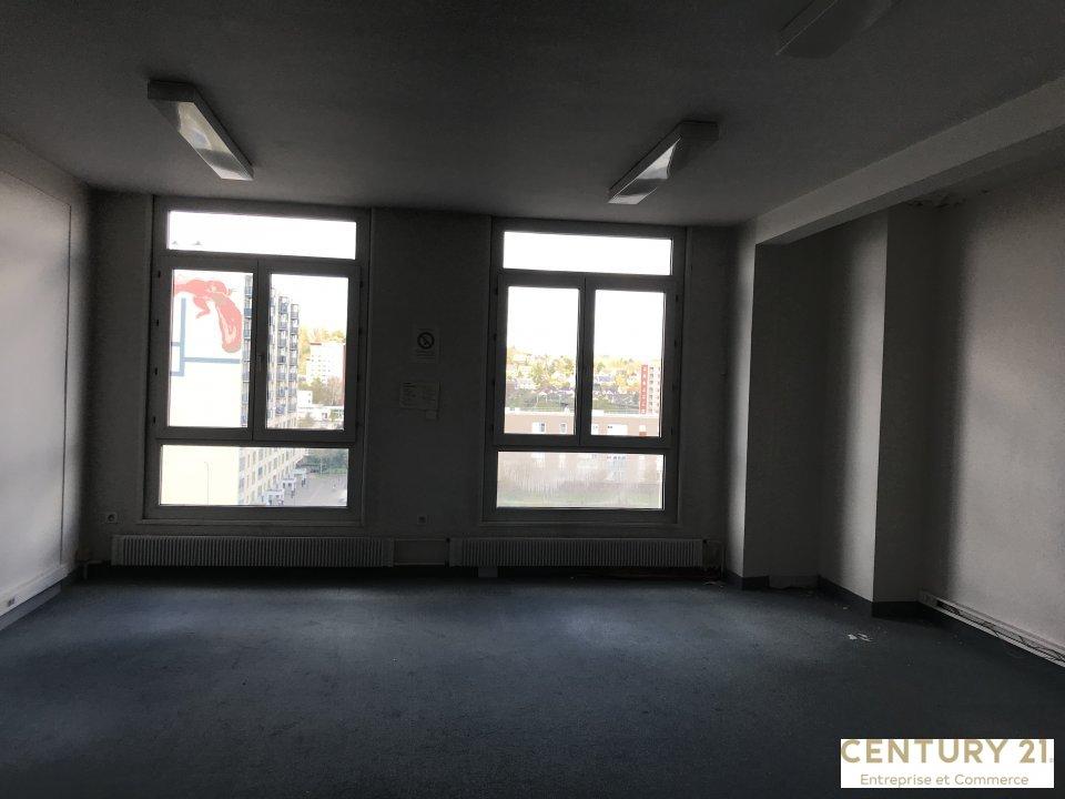 Bureaux à vendre - 143.0 m2 - 72 - Sarthe