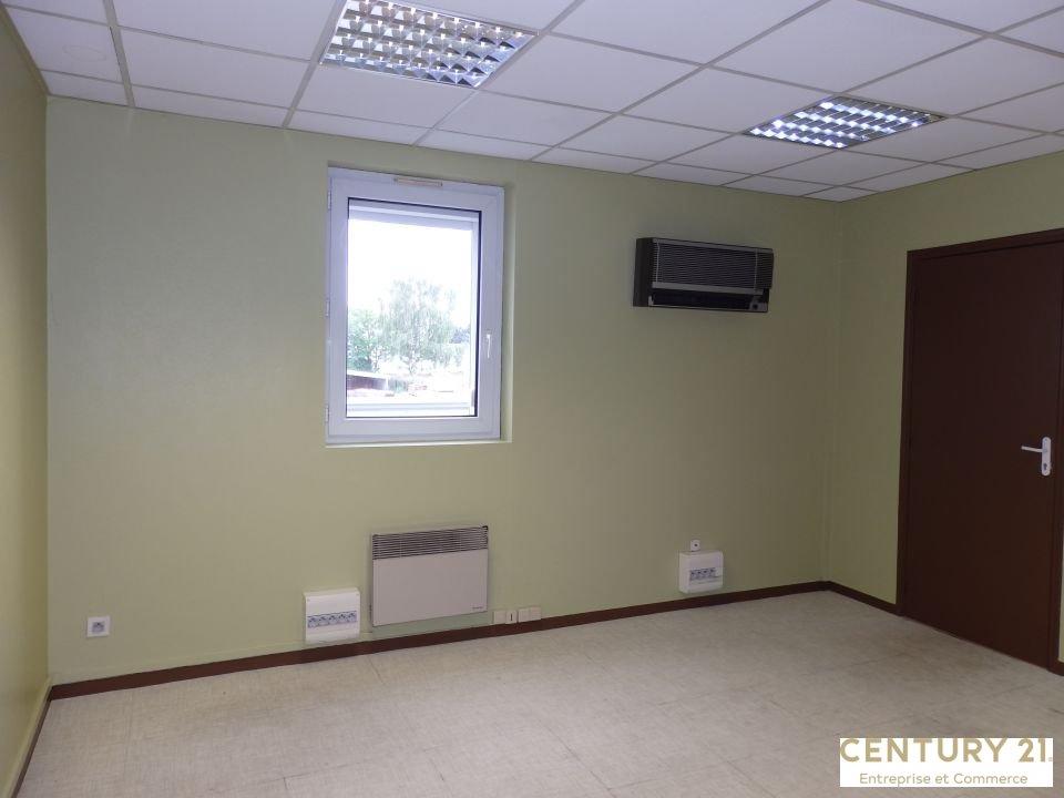 Bureaux à louer - 153.0 m2 - 72 - Sarthe