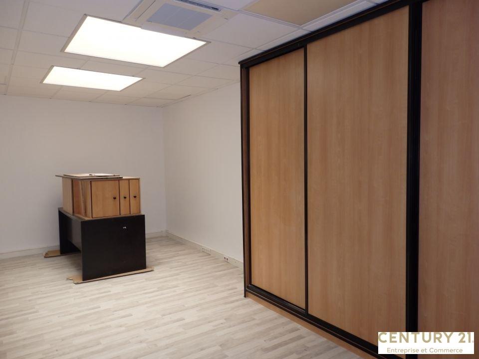 Bureaux à louer - 198.0 m2 - 72 - Sarthe