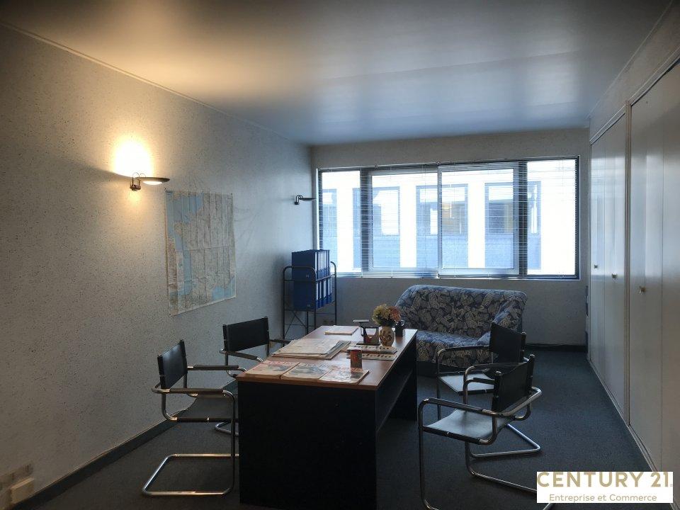 Bureaux à vendre - 86.0 m2 - 72 - Sarthe