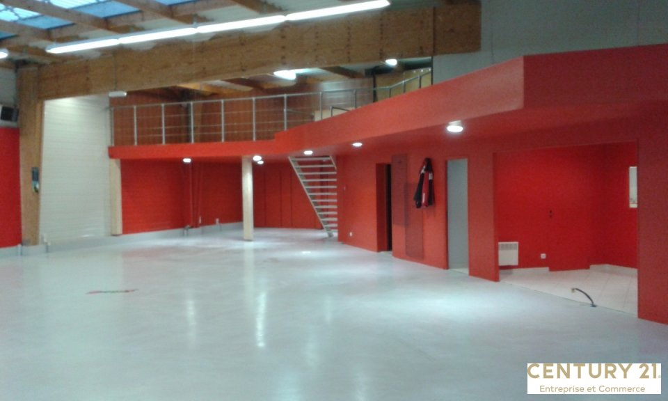 Local commercial à louer - 600.0 m2 - 72 - Sarthe