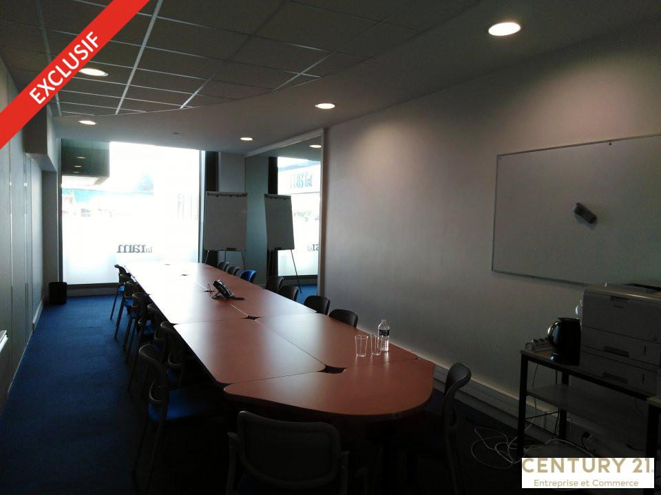 Local commercial à louer - 252.0 m2 - 72 - Sarthe