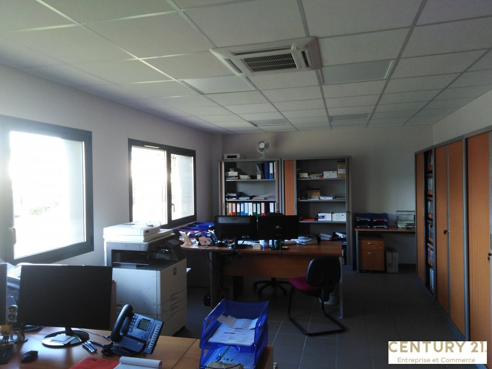 Bureaux à louer - 466.0 m2 - 72 - Sarthe