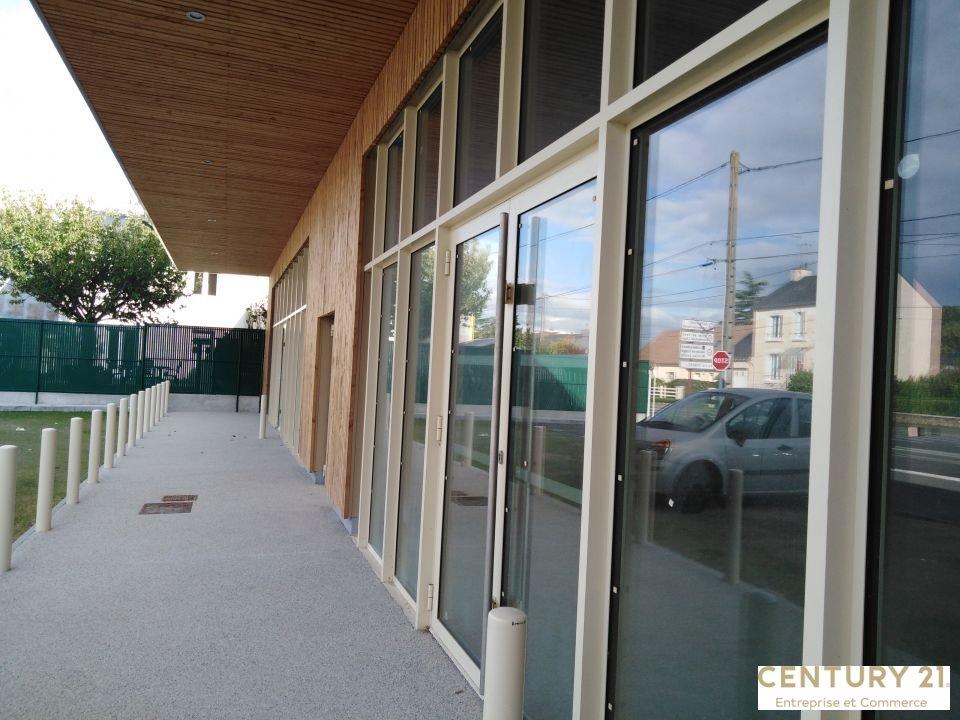 Local commercial à louer - 224.0 m2 - 72 - Sarthe