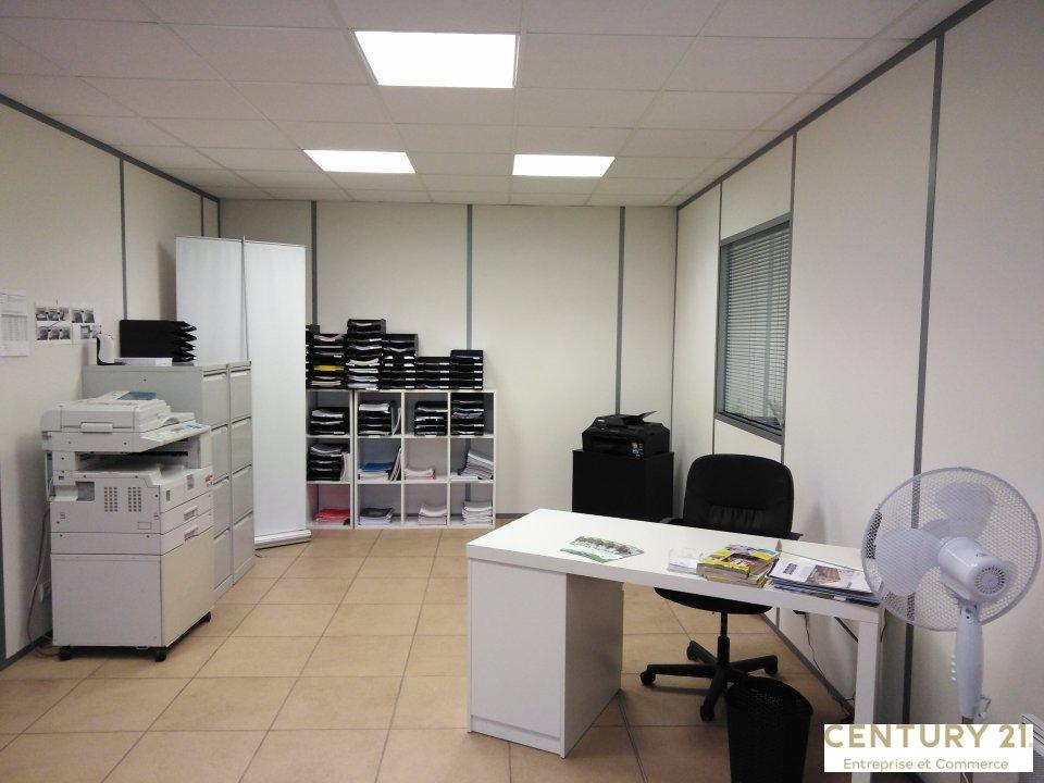 Bureaux à louer - 85.0 m2 - 72 - Sarthe