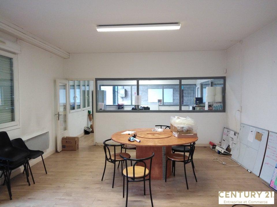 Local d'activité à louer - 975.0 m2 - 72 - Sarthe