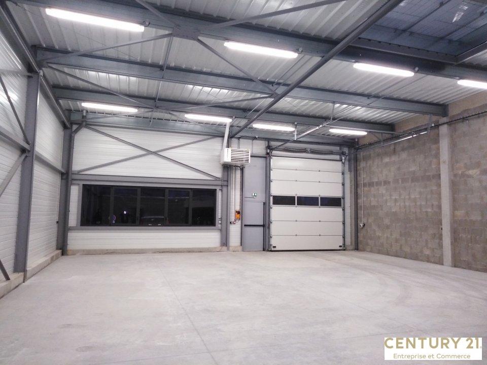 Location entreprise - Sarthe (72) - 300.0 m²