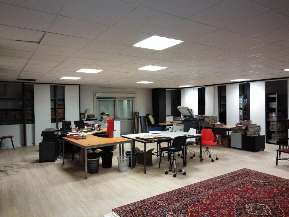 Vente entreprise - Sarthe (72) - 584.0 m²