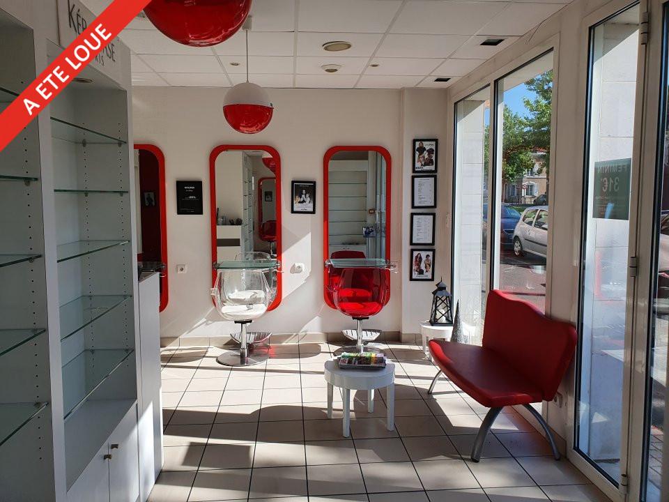 Local commercial à louer - 55.0 m2 - 72 - Sarthe