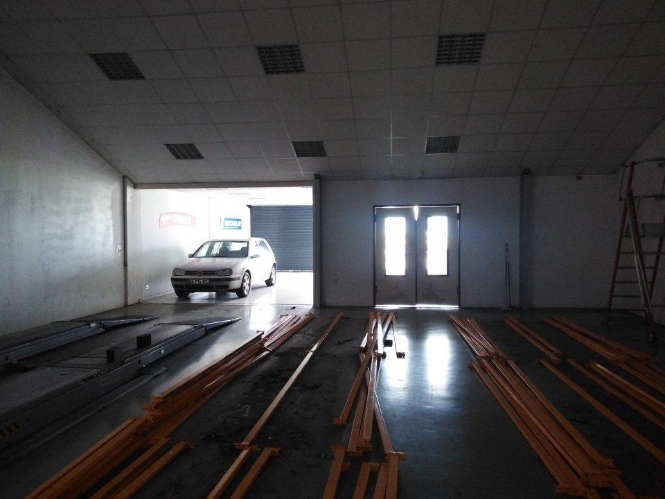 Local d'activité à louer - 450.0 m2 - 72 - Sarthe
