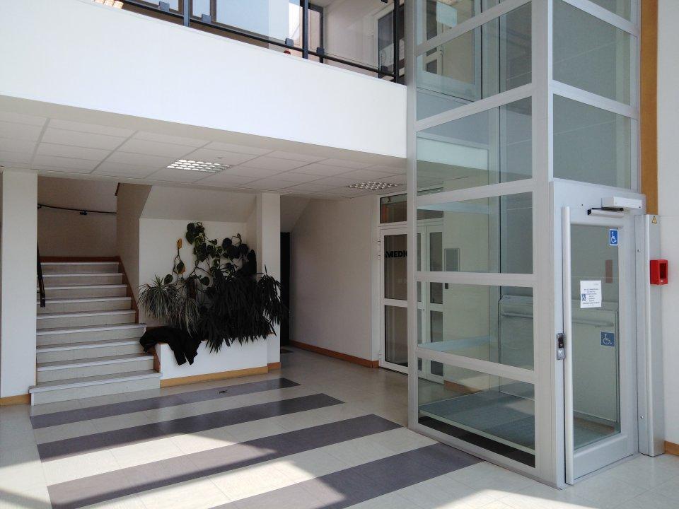 Entreprise à louer - 691,0 m2 - 72 - PAYS-DE-LOIRE