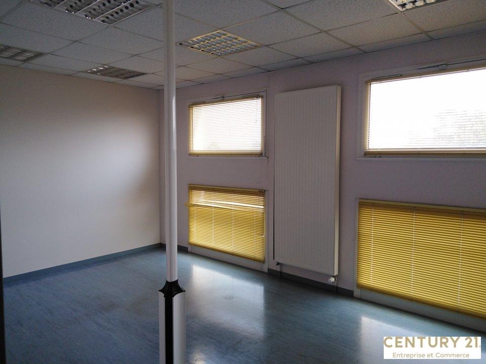 Bureaux à louer - 658.0 m2 - 72 - Sarthe