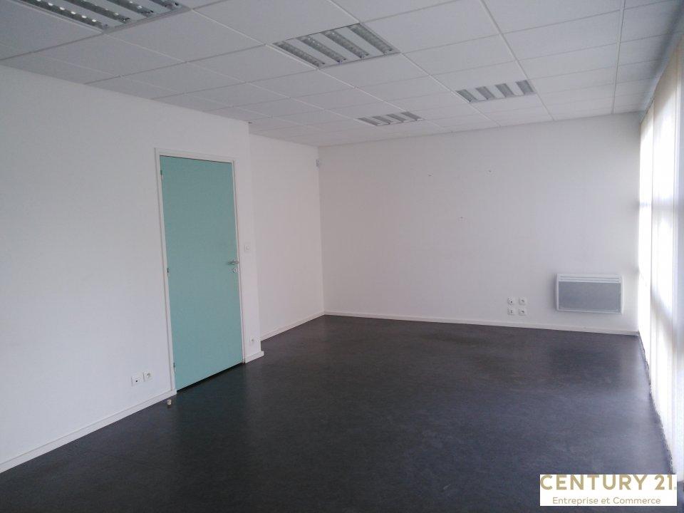 Local d'activité à louer - 651.0 m2 - 72 - Sarthe