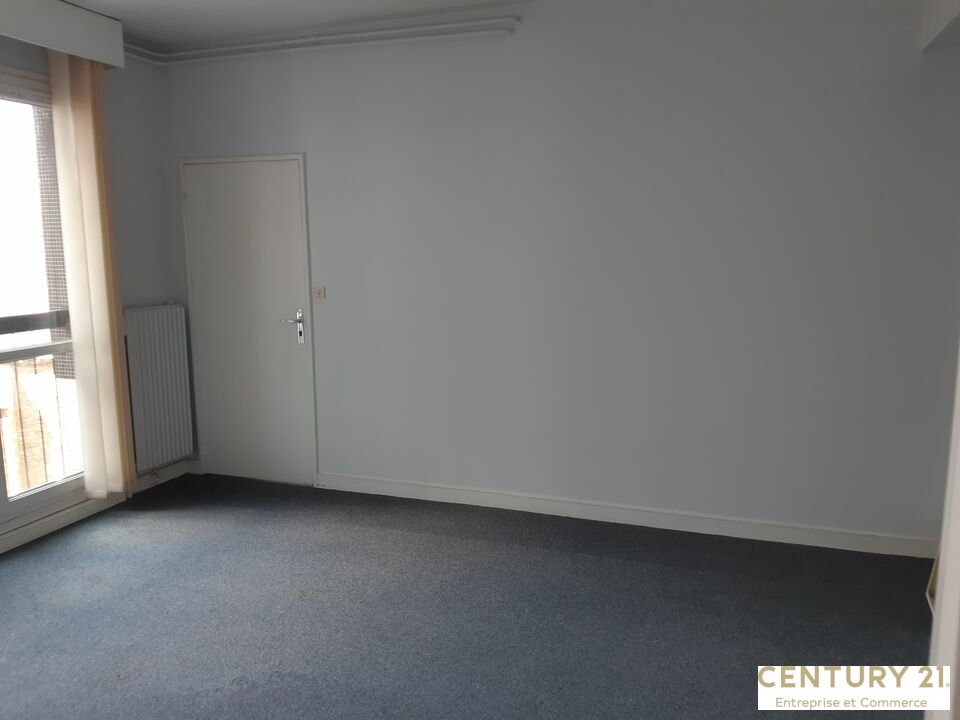 Bureaux à vendre - 357.0 m2 - 72 - Sarthe