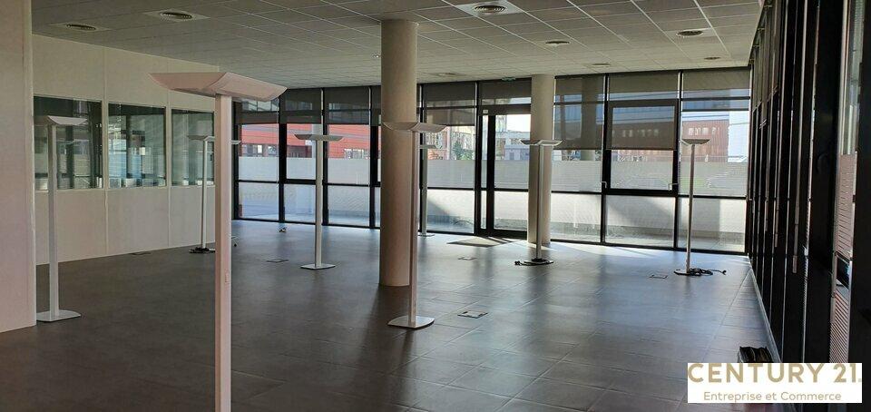 Bureaux à louer - 438.0 m2 - 72 - Sarthe