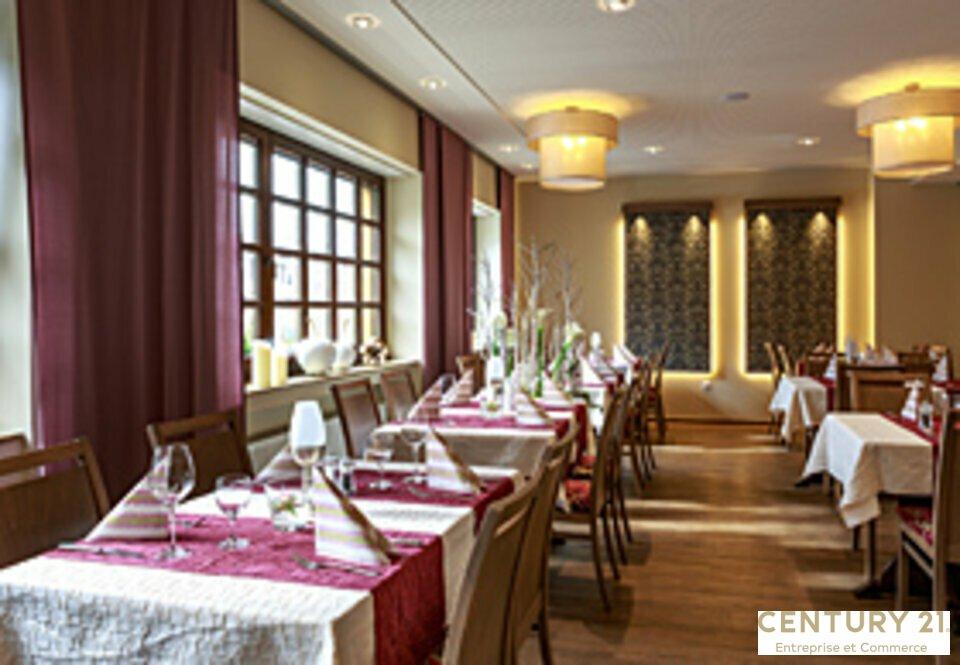 Restaurant à vendre - 180.0 m2 - 72 - Sarthe