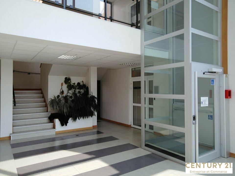 Bureaux à louer - 218.78 m2 - 72 - Sarthe