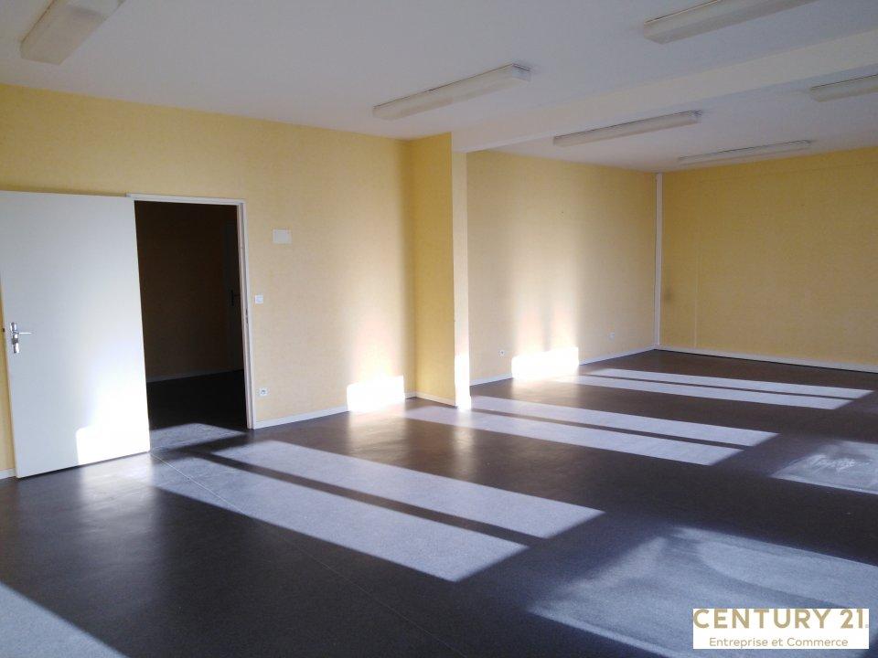 Location entreprise - Sarthe (72) - 328.0 m²