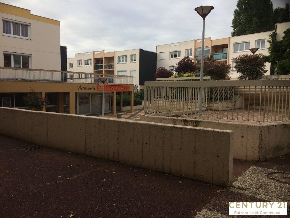 Local commercial à vendre - 66.0 m2 - 72 - Sarthe