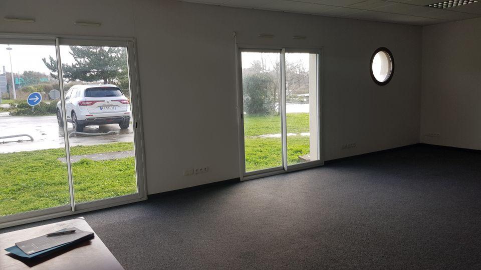A LOUER BUREAU 48 m²