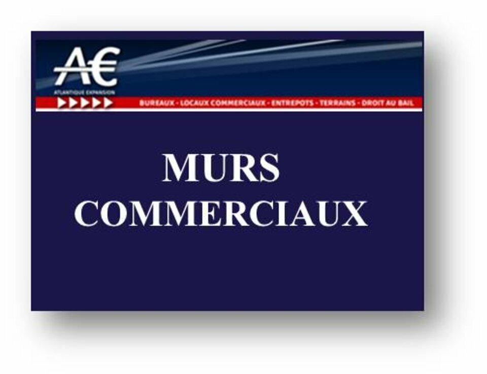 MURS COMMERCIAUX
